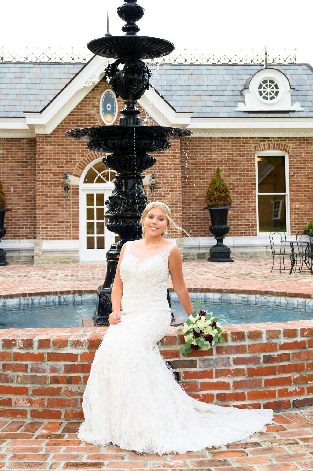 Lynwood Estate - Luxury Richmond Kentucky Wedding Venue - Elegant Estate Wedding 00012