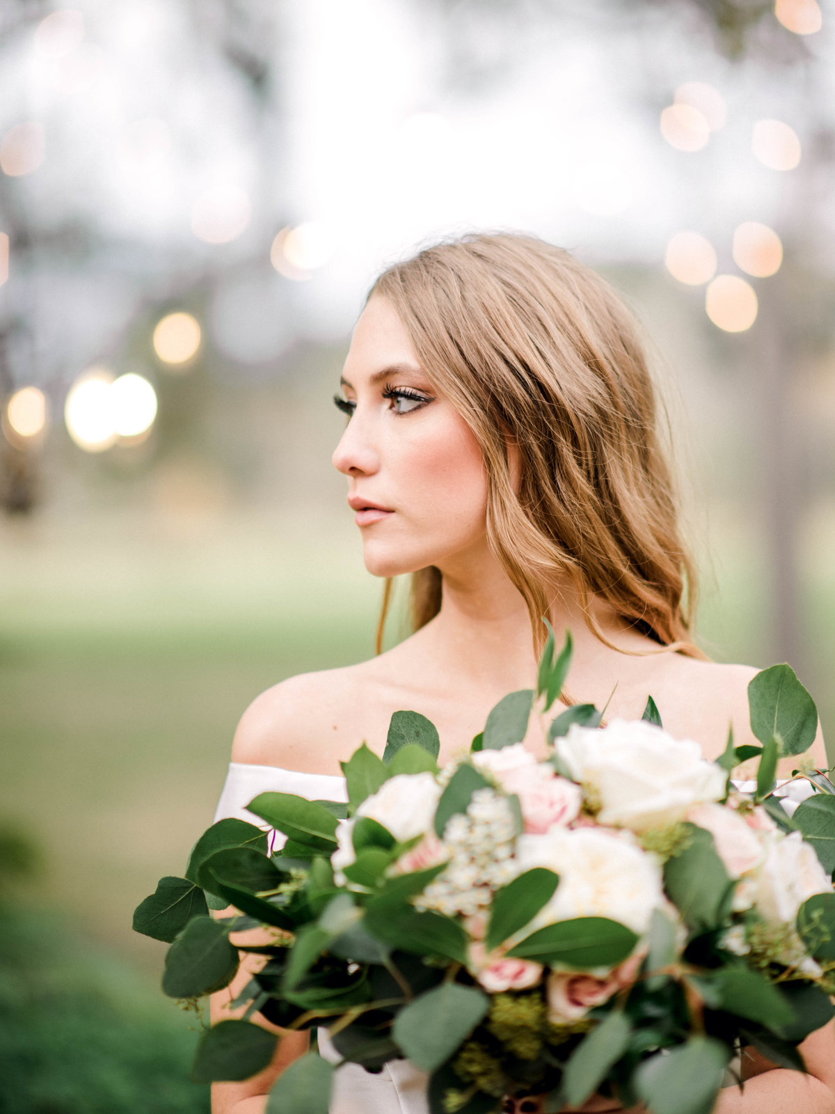 Stunning bride just before the rain Woodlawn Plantation
