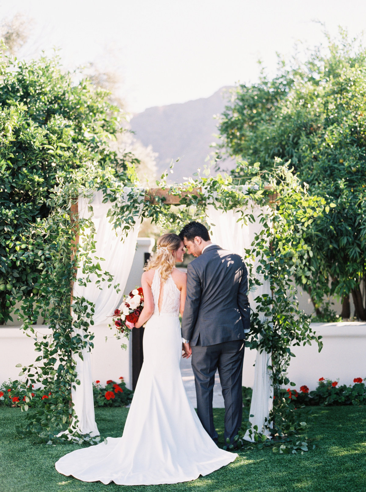 El Chorro Scottsdale Wedding - Mary Claire Photography-22
