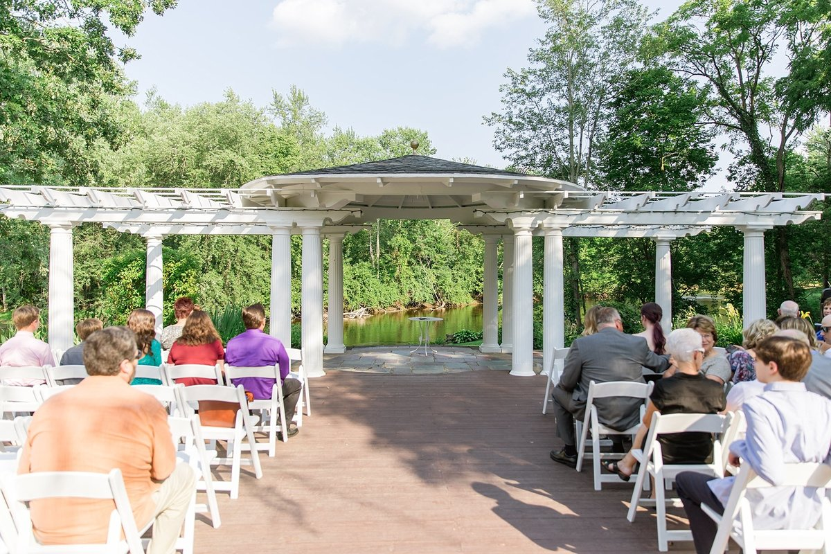 Julie-Barry-English-Inn-Summer-Garden-Wedding-Michigan-Breanne-Rochelle-Photography51