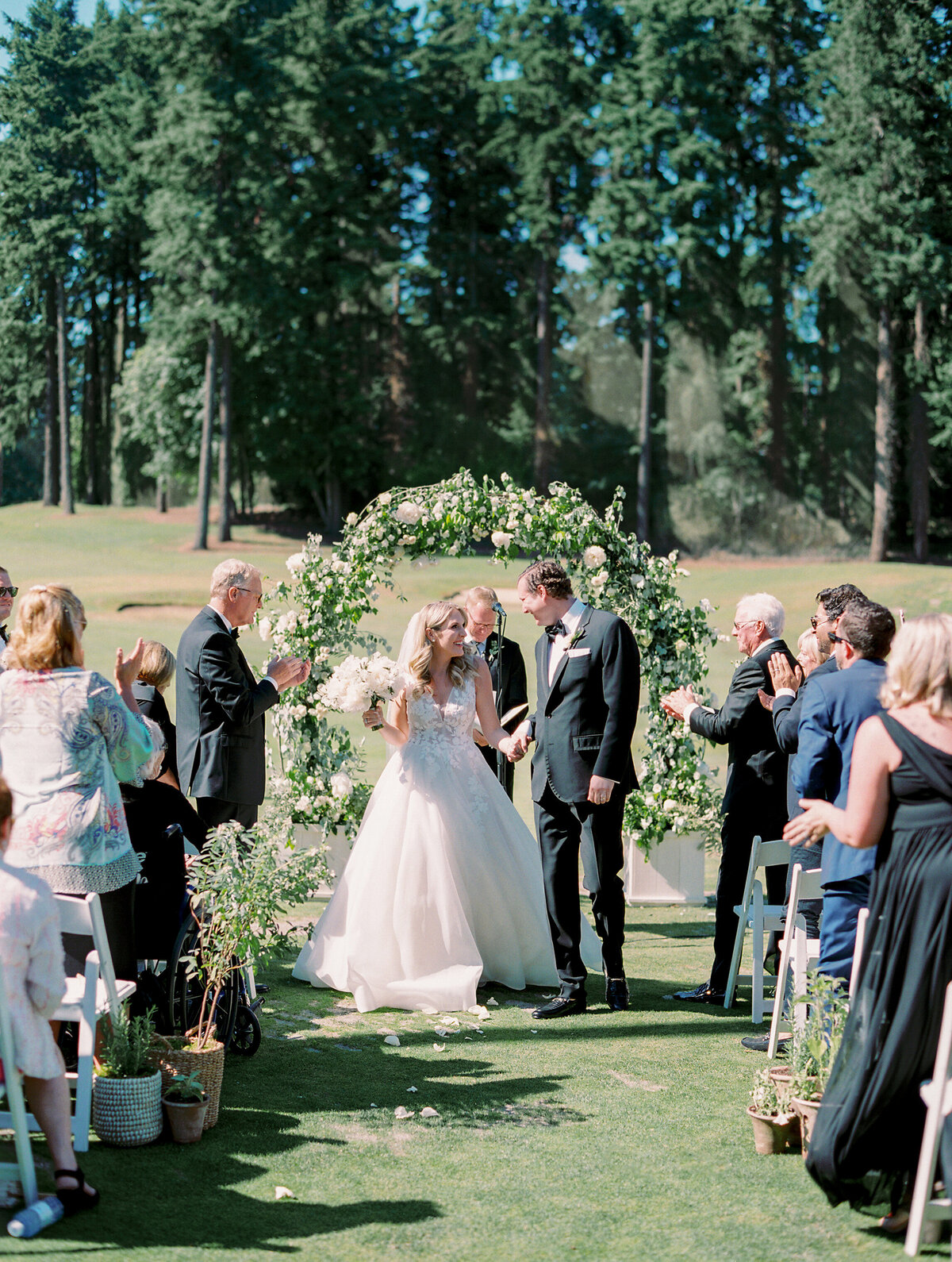oswego-lake-country-club-wedding-26
