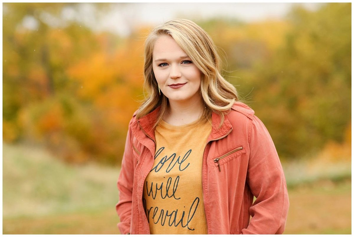 Central Illinois Senior Photographer | Macomb, IL Senior Photographer |  Creative Touch Photography_4855