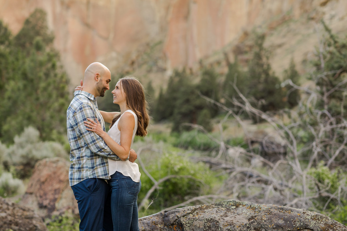 Smith Rock Engagement Session - Bend Oregon-45
