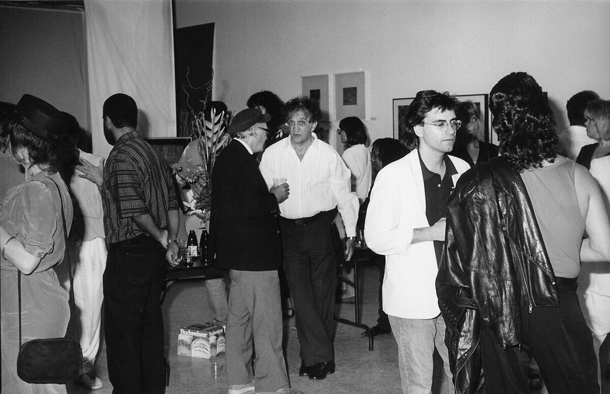 ART 1990 crowd inside