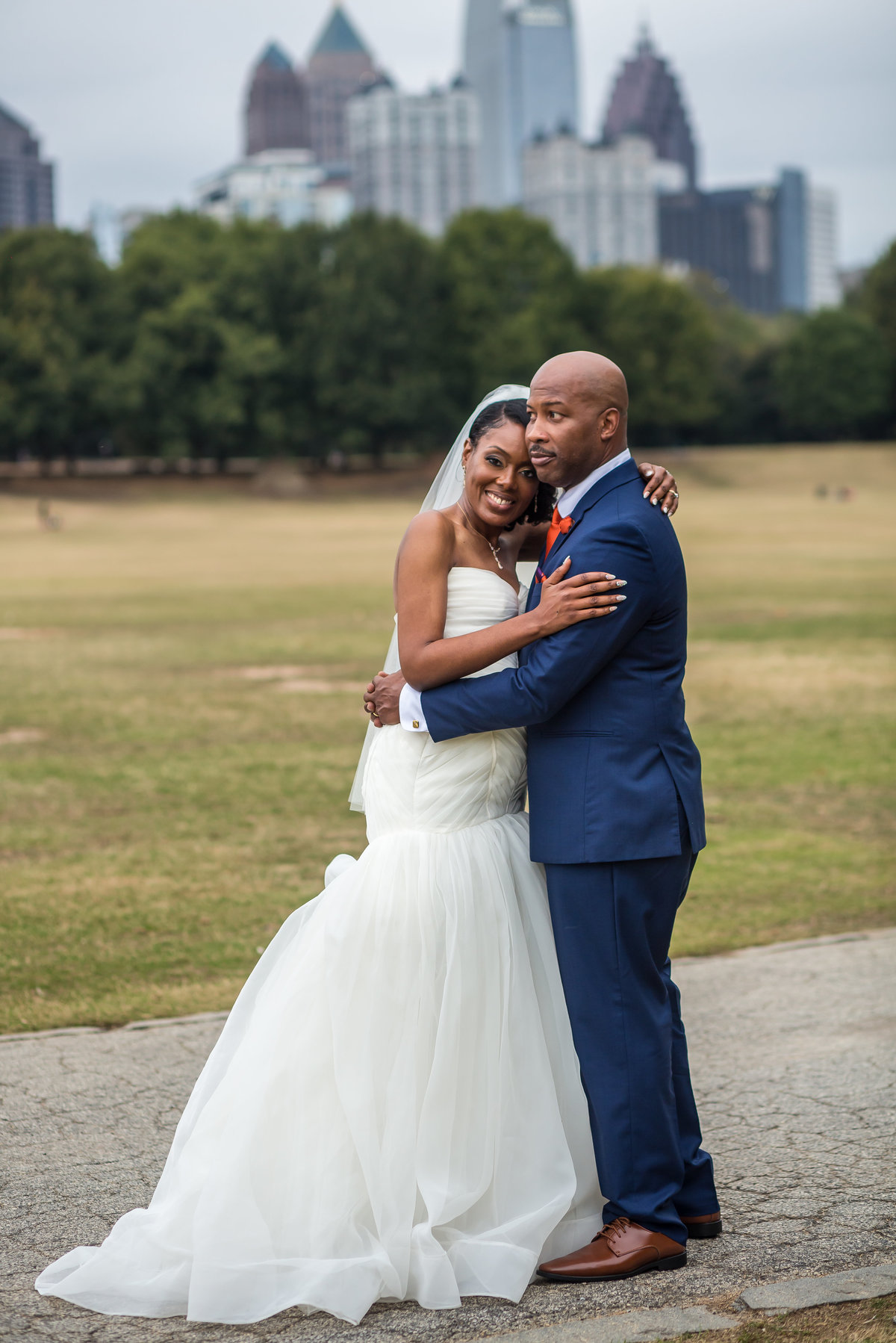 Bride and groom in Piedmont Park