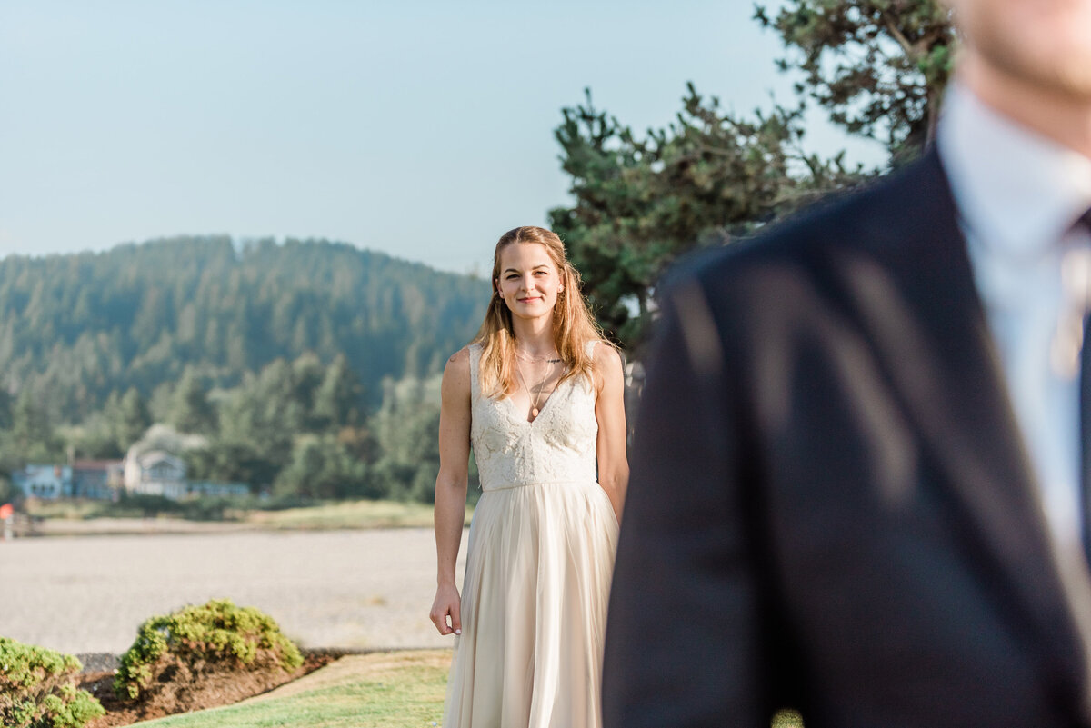 Cannon-Beach-Elopement-Photographer-87