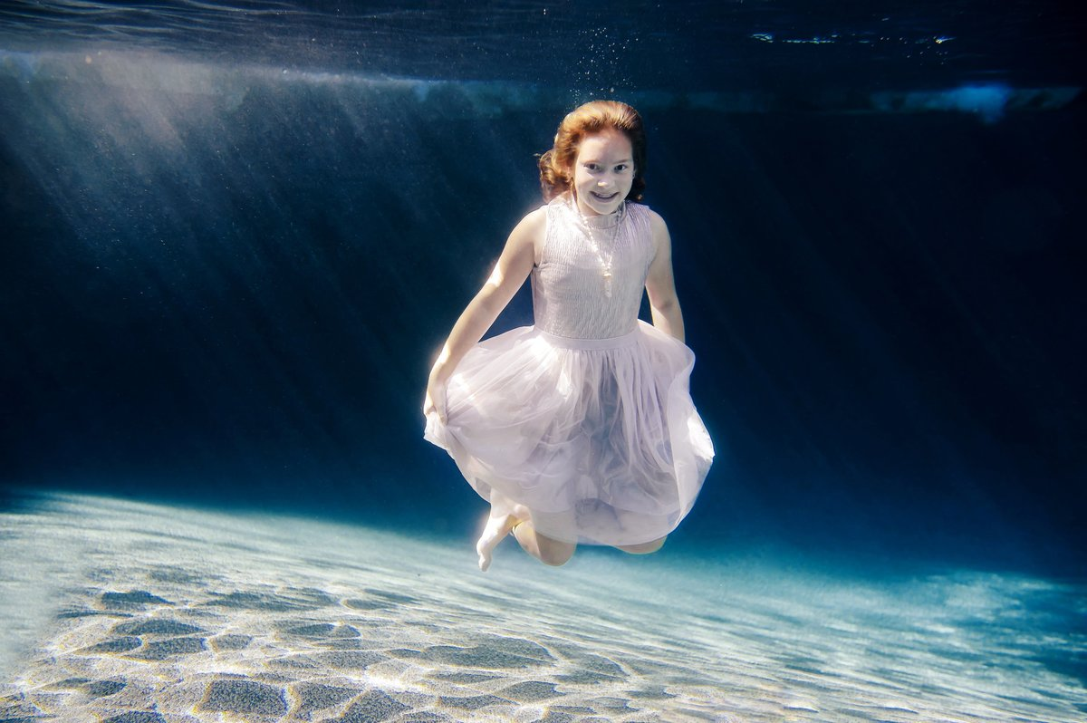 RENEE STENGEL Photography | Charlotte Portrait and Underwater Photographer |