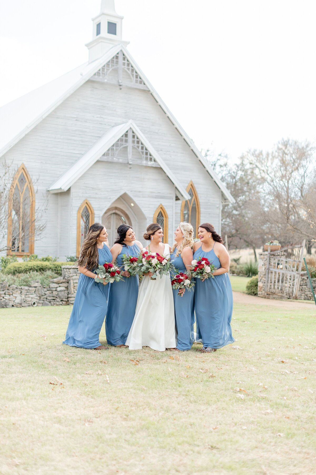 the brooks at weatherford bridesmaids outside