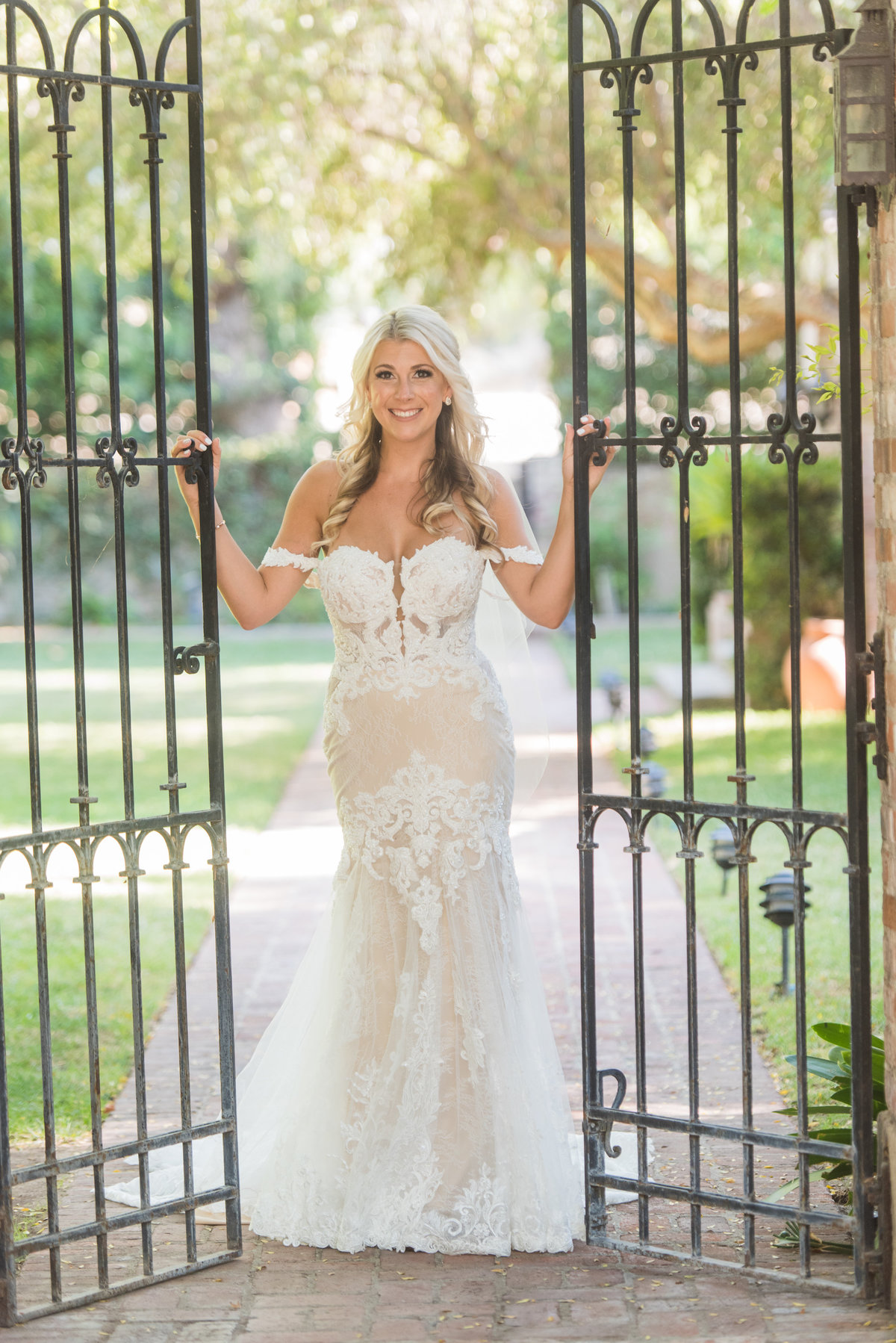hummingbird-nest-ranch-wedding-photos-40