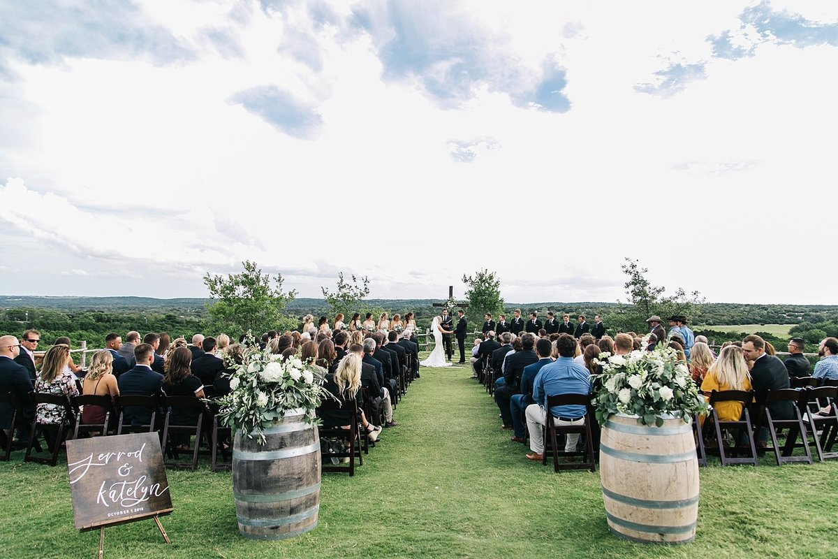 Dove-ridge-vineyard-Wedding-by-Dallas-Photographer-Julia-Sharapova_0071