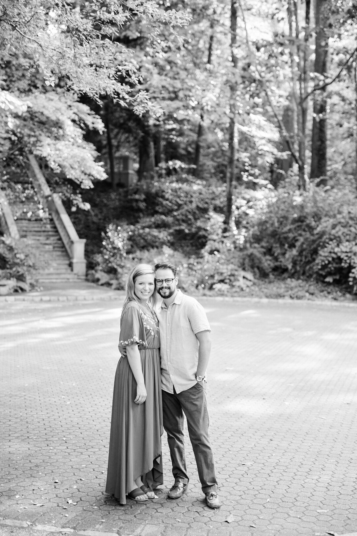 cator-woolford-gardens-engagement-wedding-photographer-laura-barnes-photo-shackelford-25
