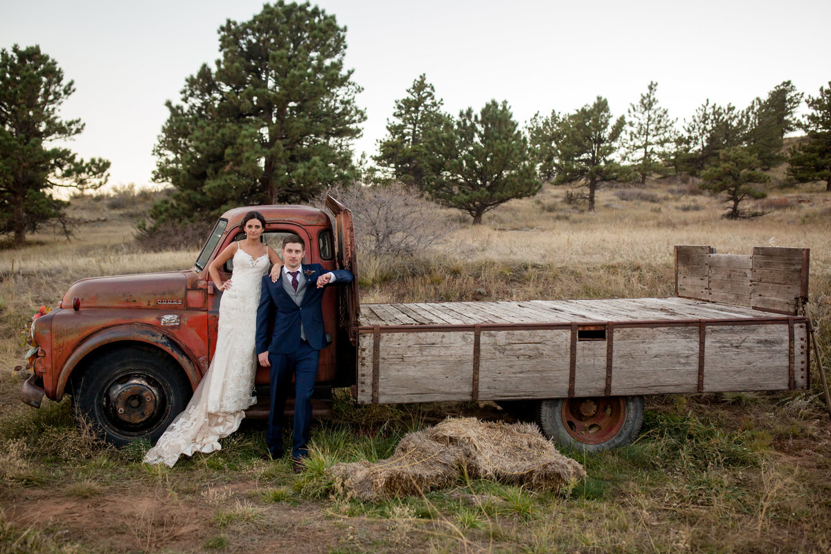 rustic-colorado-wedding-pictures