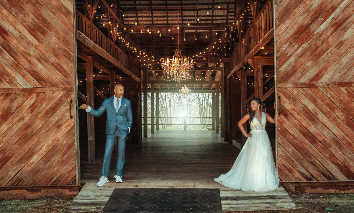 edmond wedding photographer, barn at the woods, oklahoma wedding, mecca rayne, koco