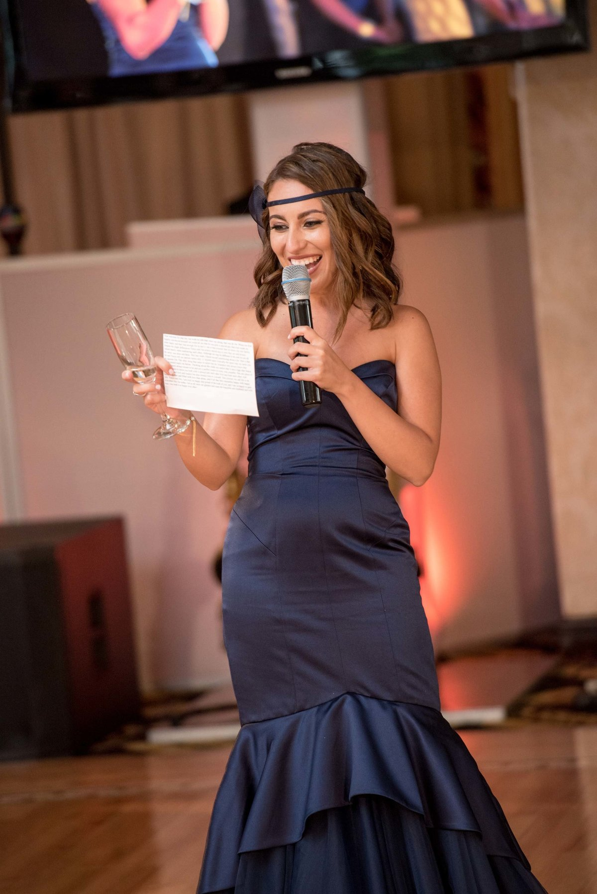 Maid of honor giving a speech at Giorgio's Baiting Hollow