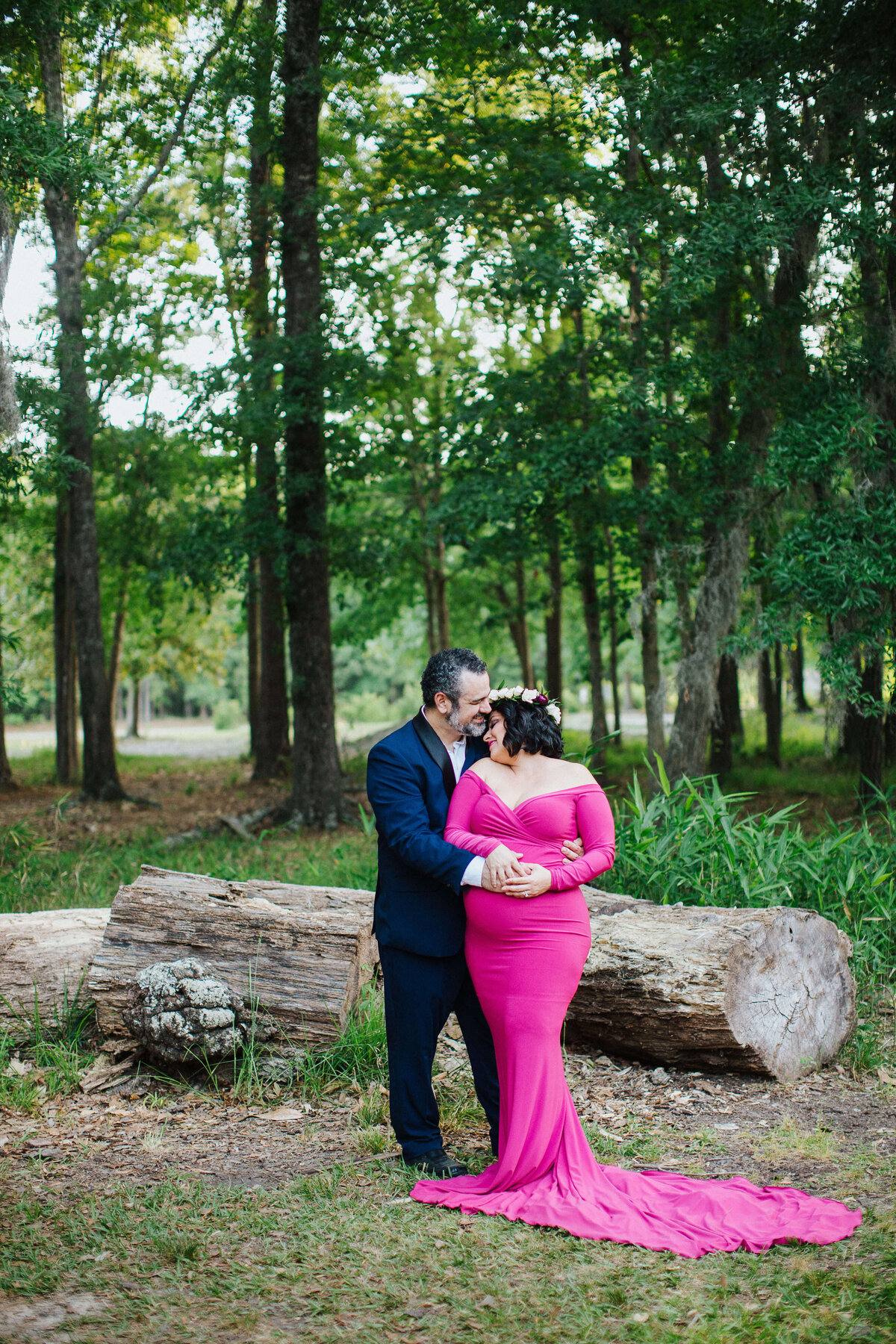Downtown Savannah maternity photographer
