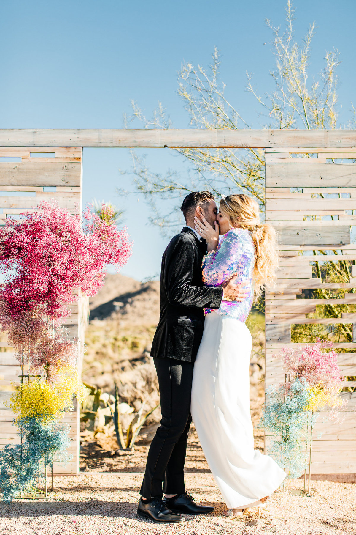colorful-joshua-tree-elopement-inspiration-joshua-tree-wedding-photographer-palm-springs-wedding-photographer-erin-marton-photography-21