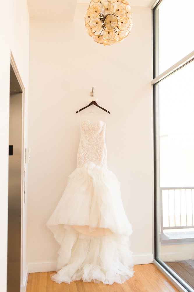 stockroom-230-all-saints-chapel-wedding-raleigh-nc-5