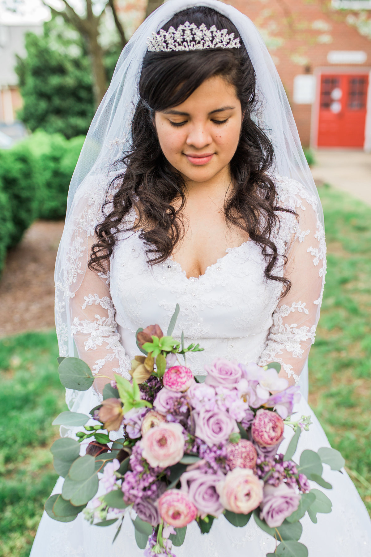 salem-baptist-church-fredericksburg-va-spring-purple-wedding-happy-to-be-events_1362