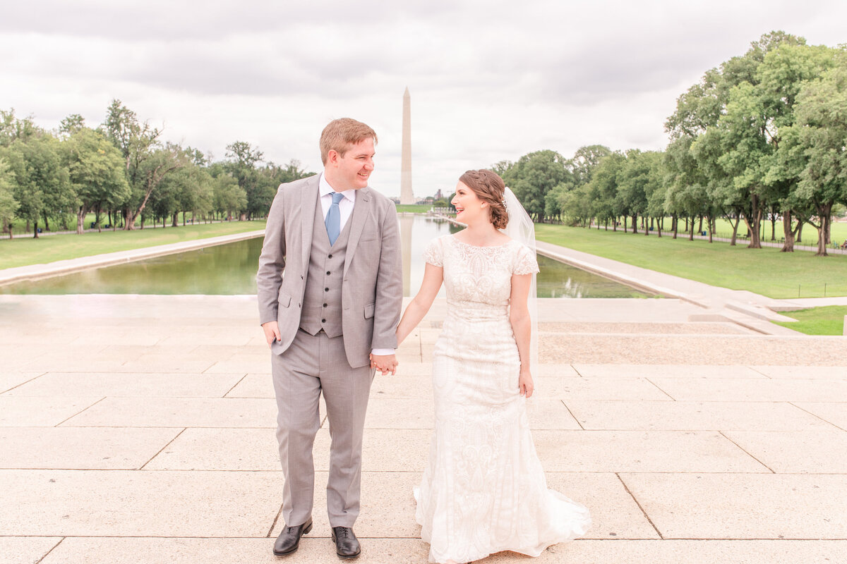 Washington DC wedding photography at the Washington monument by Jennifer Marie Studios Atlanta wedding photographer
