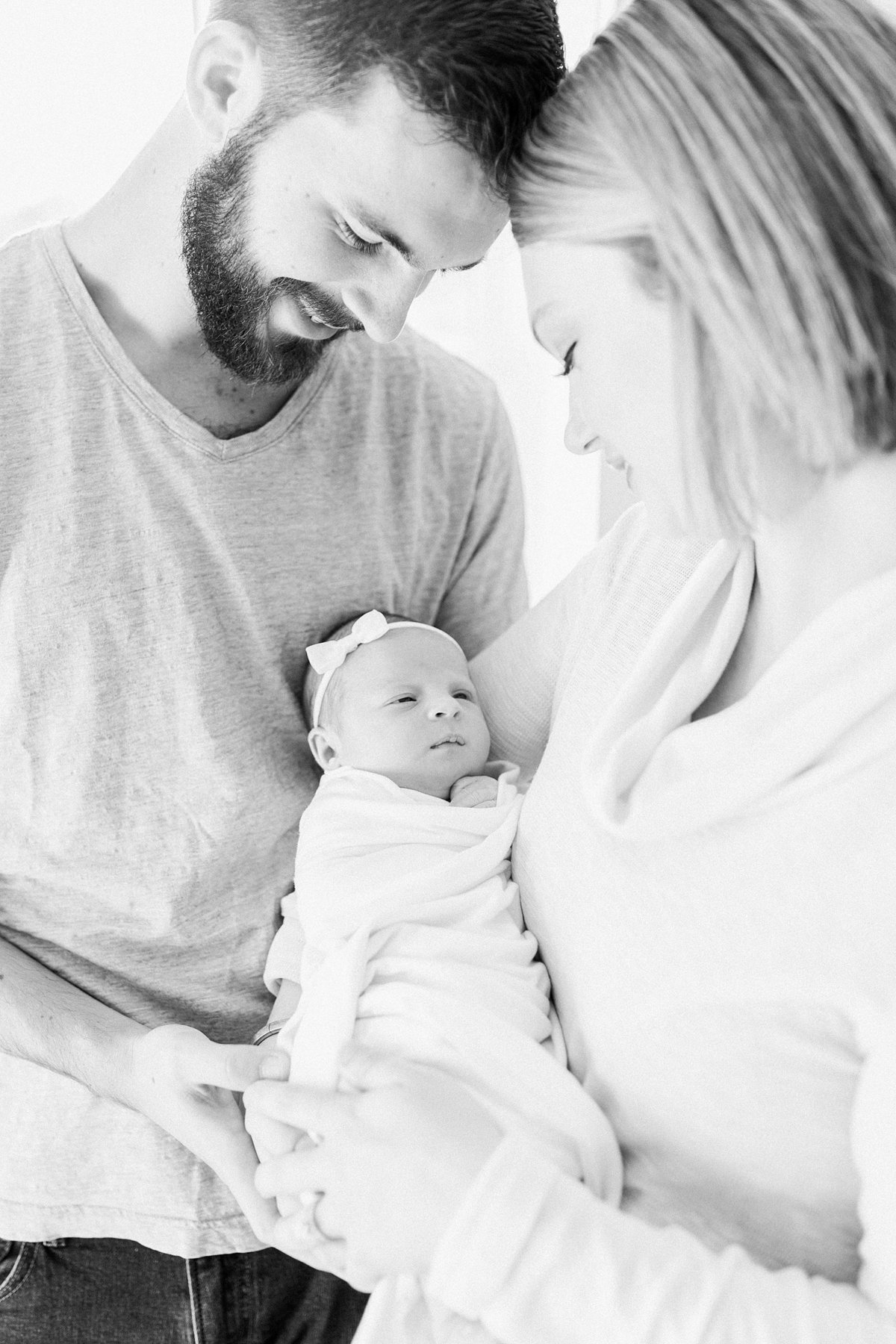 Charleston-Newborn-Photographer-Charleston-Lifestyle-Newborn-Photography-Mount-Pleasant-Newborn-Photographer-Lifestyle-Newborn-Session-13