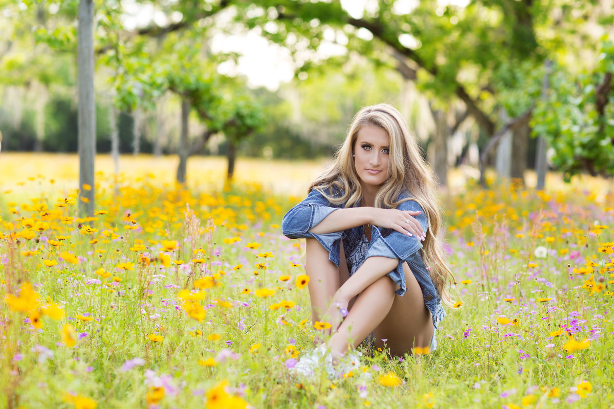 MariaVallejoGainesvilleFlSeniorPhotographyflowerfield