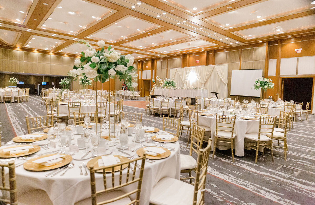 gold-white-black-tie-theme-NYE-wedding-2019-brookstreet-hotel-kanata-ontario-grey-loft-studio-45