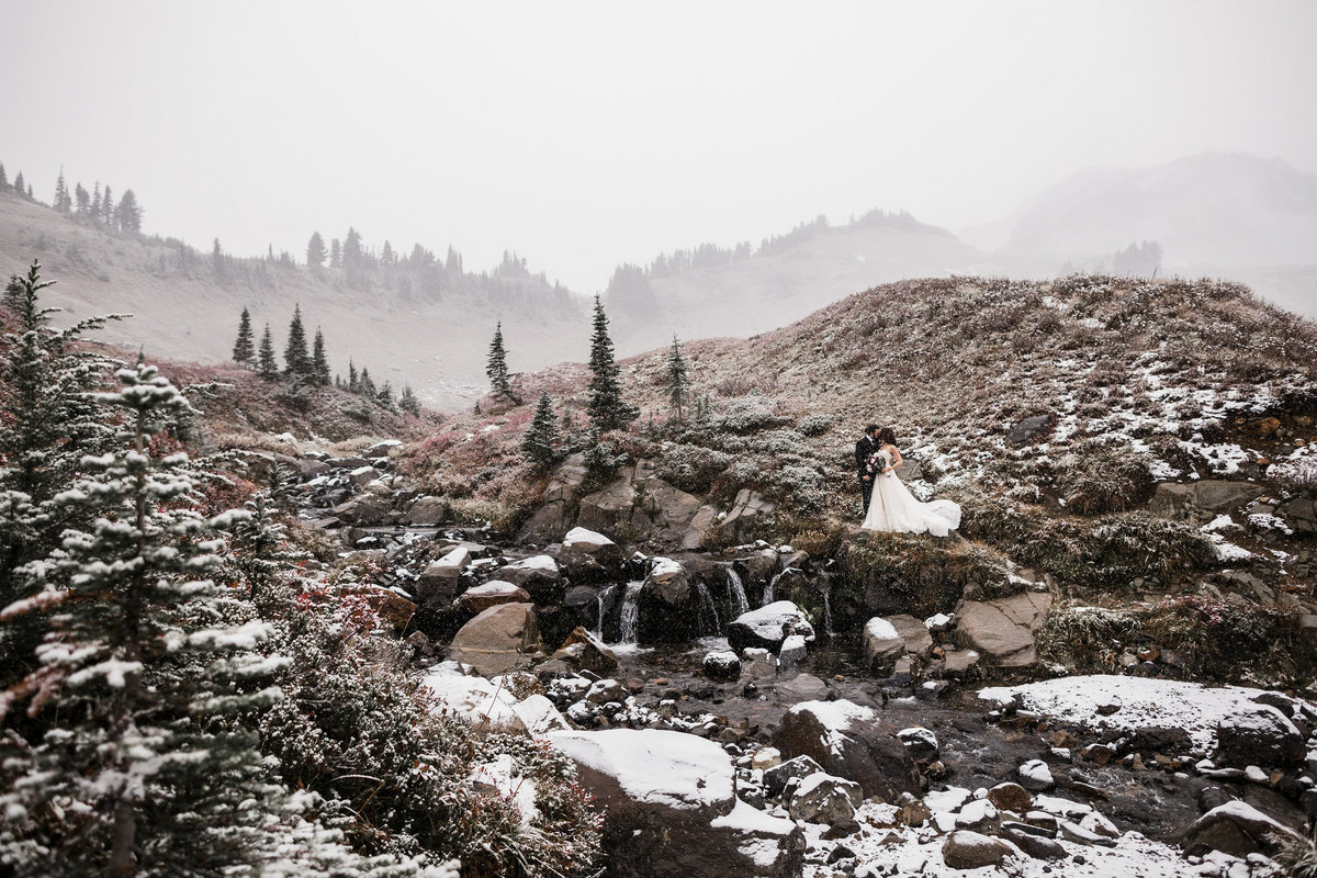 Mount-Rainier-Adventure-Elopement-73