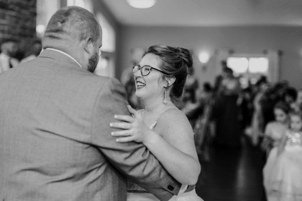 Bluestone_Vineyard_Fall_Wedding_Virginia_DC_Photographer_Angelika_Johns_Photography-4783-2