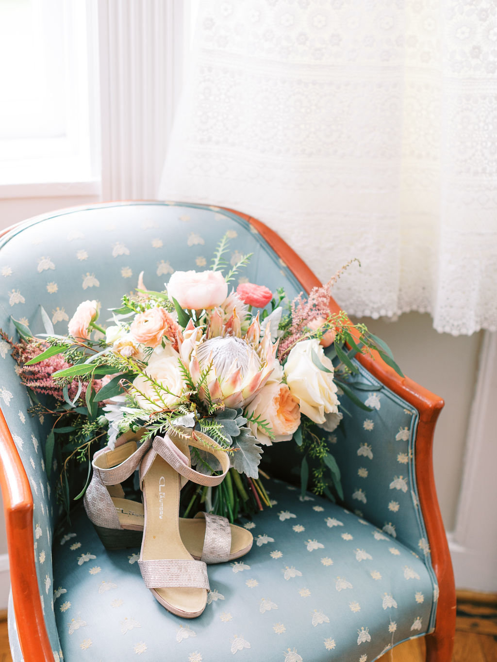 A styled Fete bouquet greenville country club Delaware