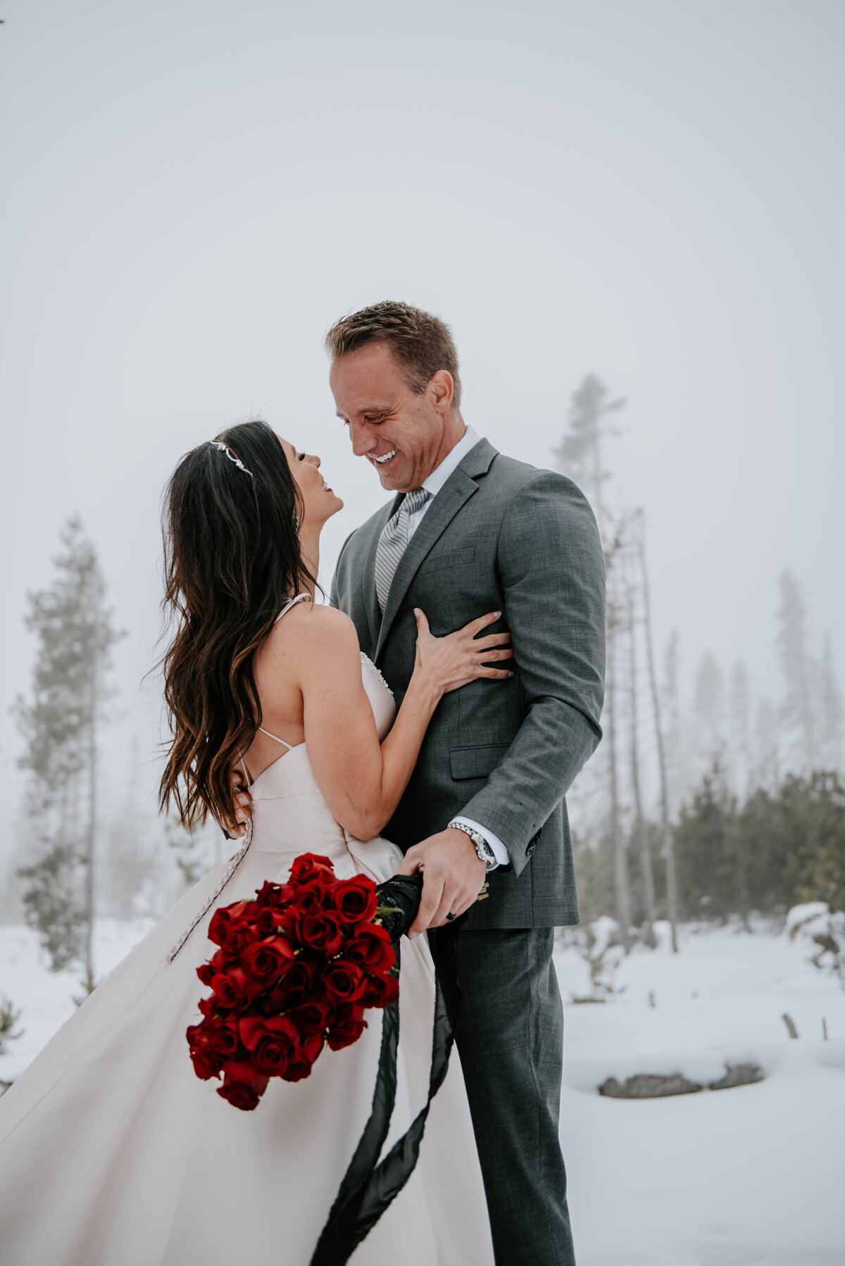 mt-bachelor-snow-winter-elopement-bend-oregon-wedding-photographer-2365