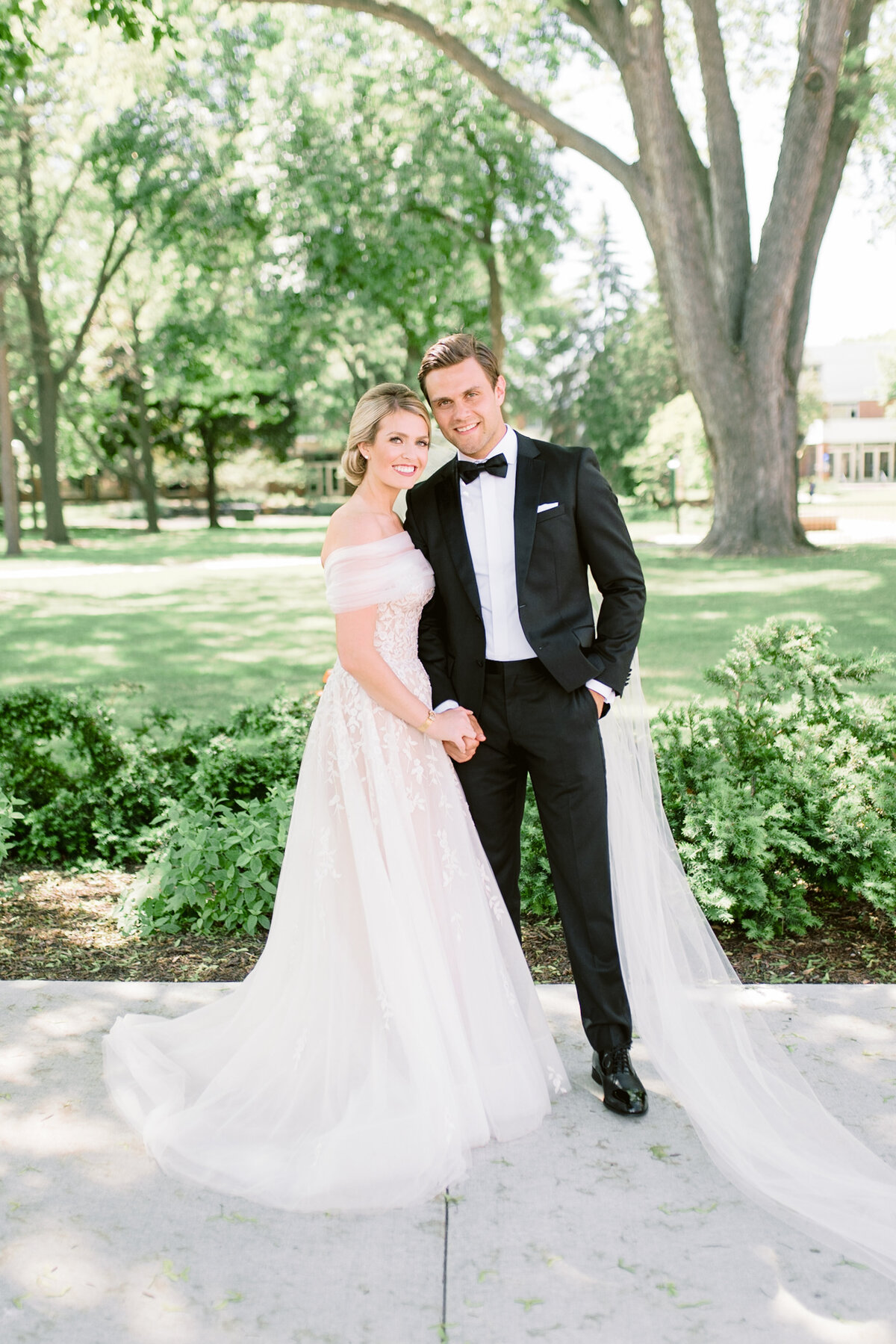 Minneapolis Wedding Photographer, Minnesota wedding photographer, MN wedding photographer, Minneapolis light and airy photographer, Green Bay photographer, Green Bay wedding photographer4