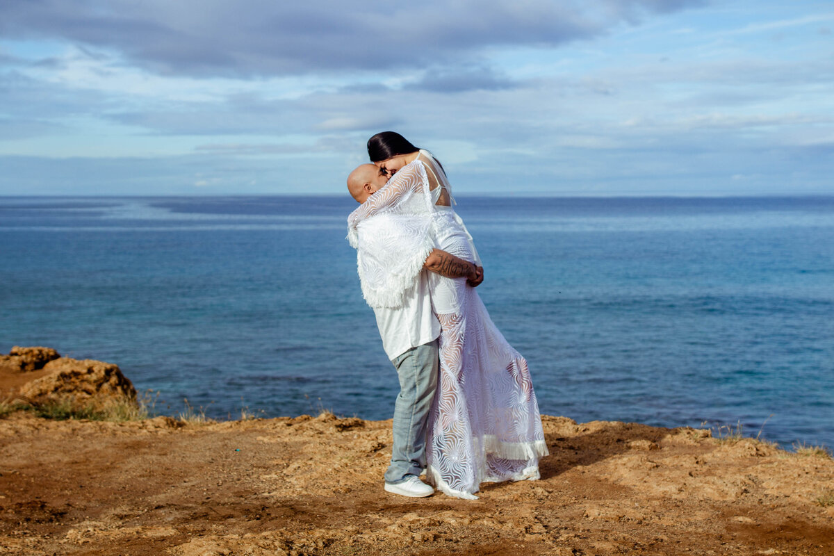 Oahu Elopement | Iwalani Photography | Tracks Beach