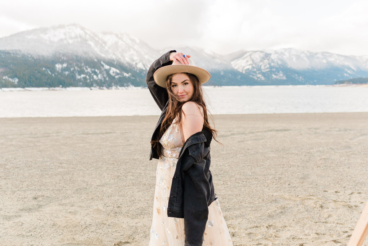 Cle-Elum-Washington-Lake-Elopement-Photographer-Photography-43