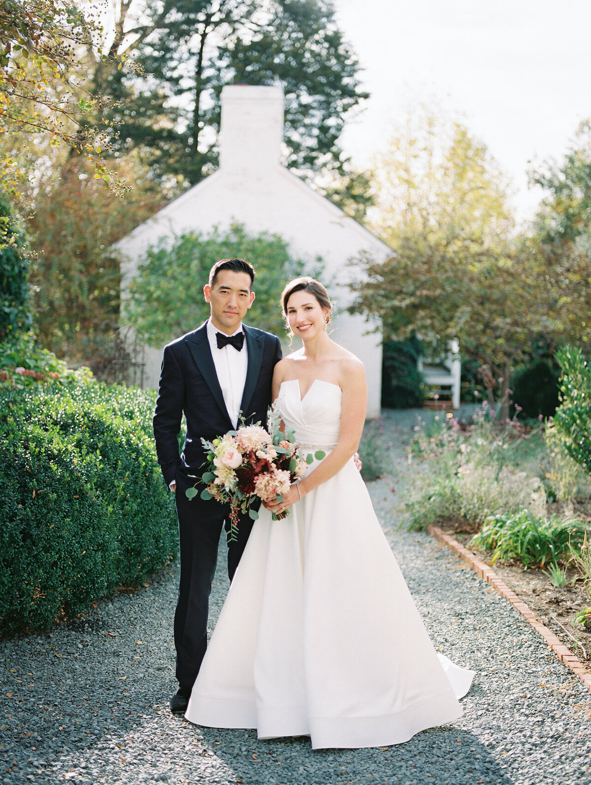 Outdoor Wedding Portraits Light and Airy Photographer Robert Aveau for © Bonnie Sen Photography