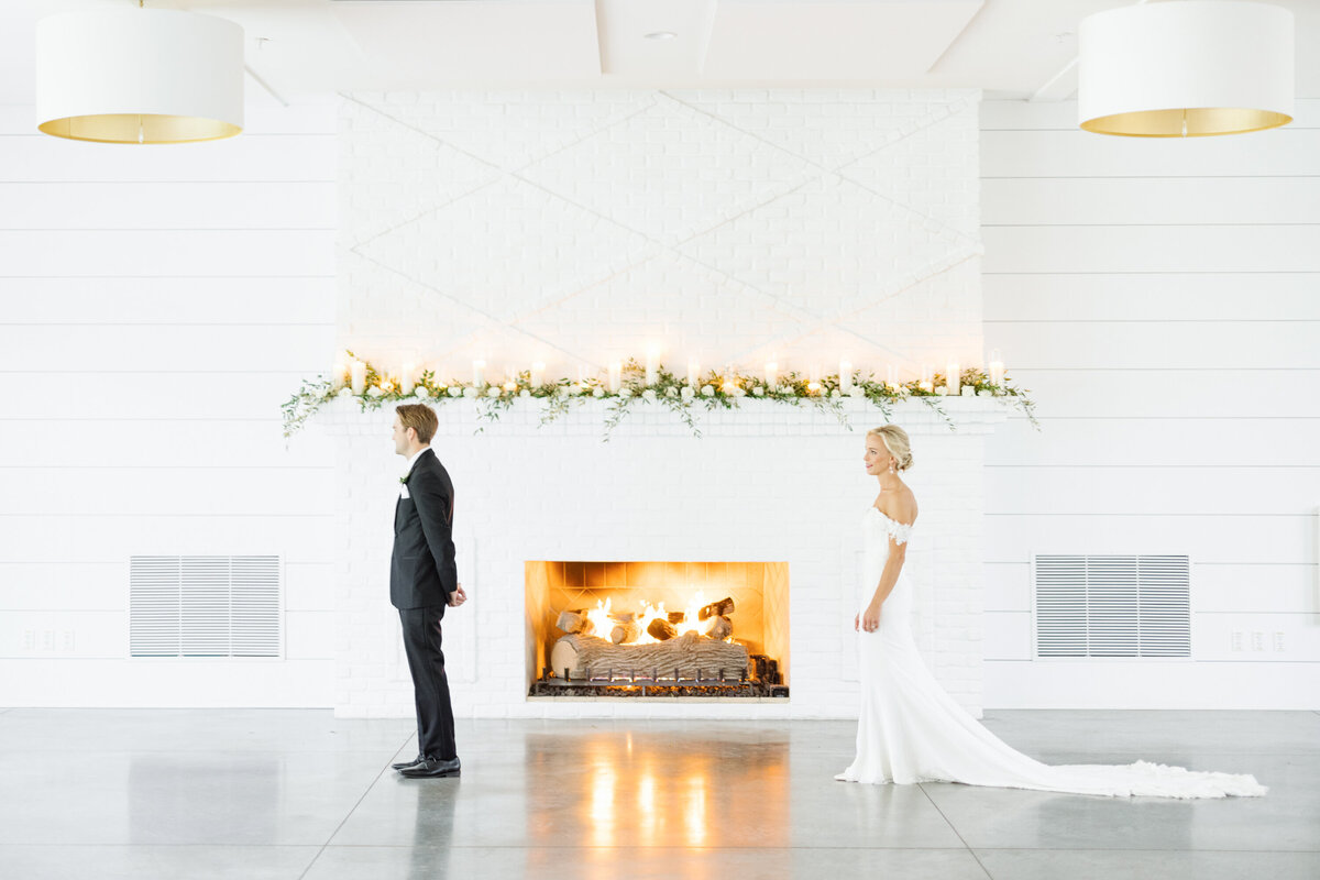 The-Hutton-House-First-Look-Fireplace-minneapolis-minnesota-wedding-photographer-shane-long-photography-engaged