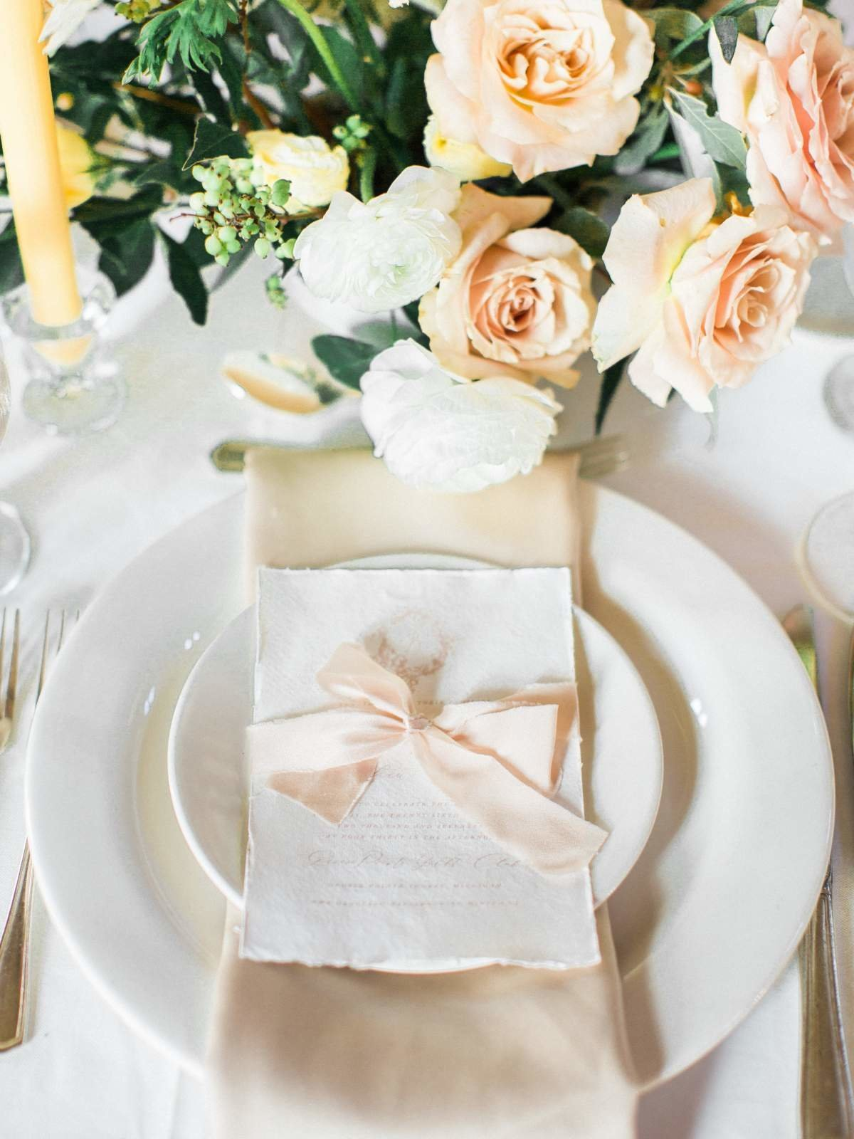 classic-blush-yatch-club-wedding-ideas