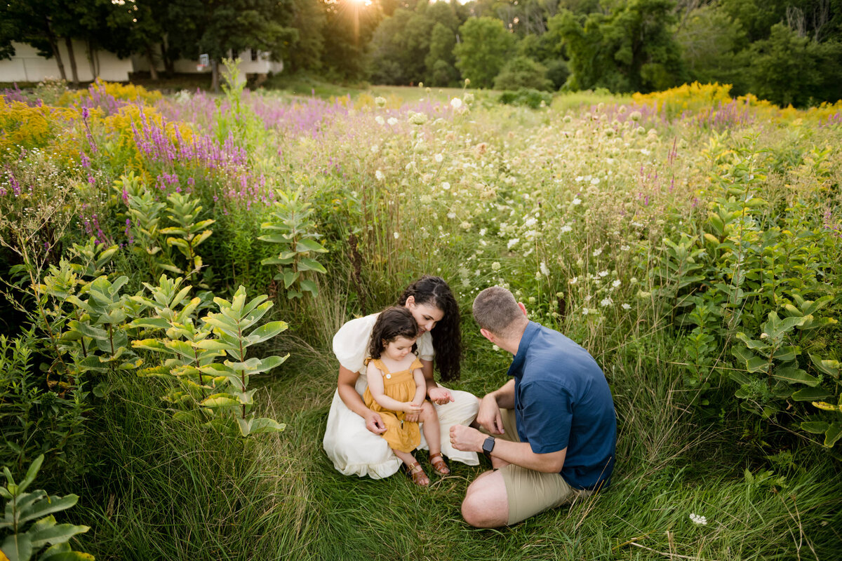 Boston-family-photographer-bella-wang-photography-Lifestyle-session-outdoor-wildflower-66