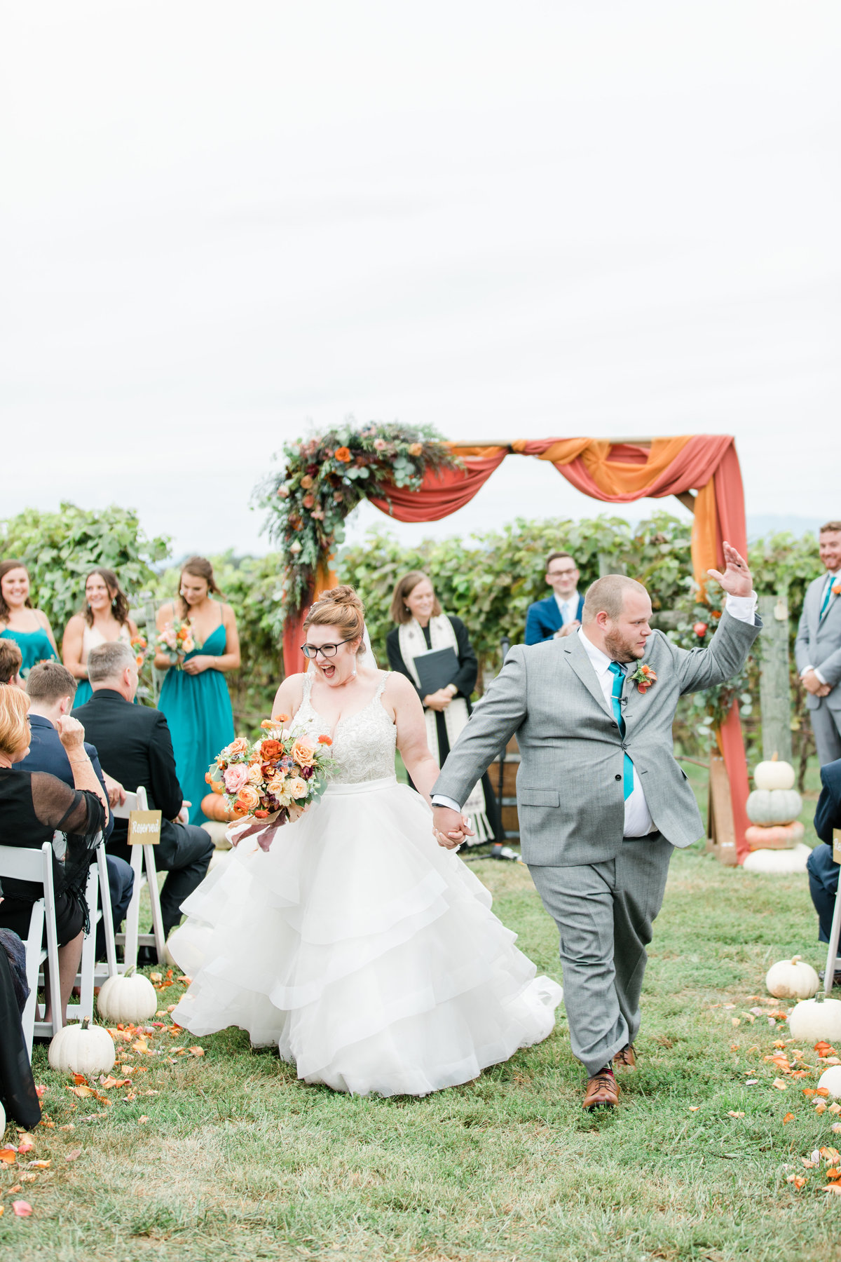 Bluestone_Vineyard_Fall_Wedding_Virginia_DC_Photographer_Angelika_Johns_Photography-4338