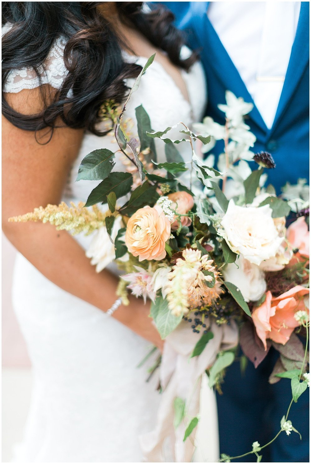 Summer-Mexican-Inspired-Gold-And-Floral-Crowne-Plaza-Indianapolis-Downtown-Union-Station-Wedding-Cory-Jackie-Wedding-Photographers-Jessica-Dum-Wedding-Coordination_photo___0021