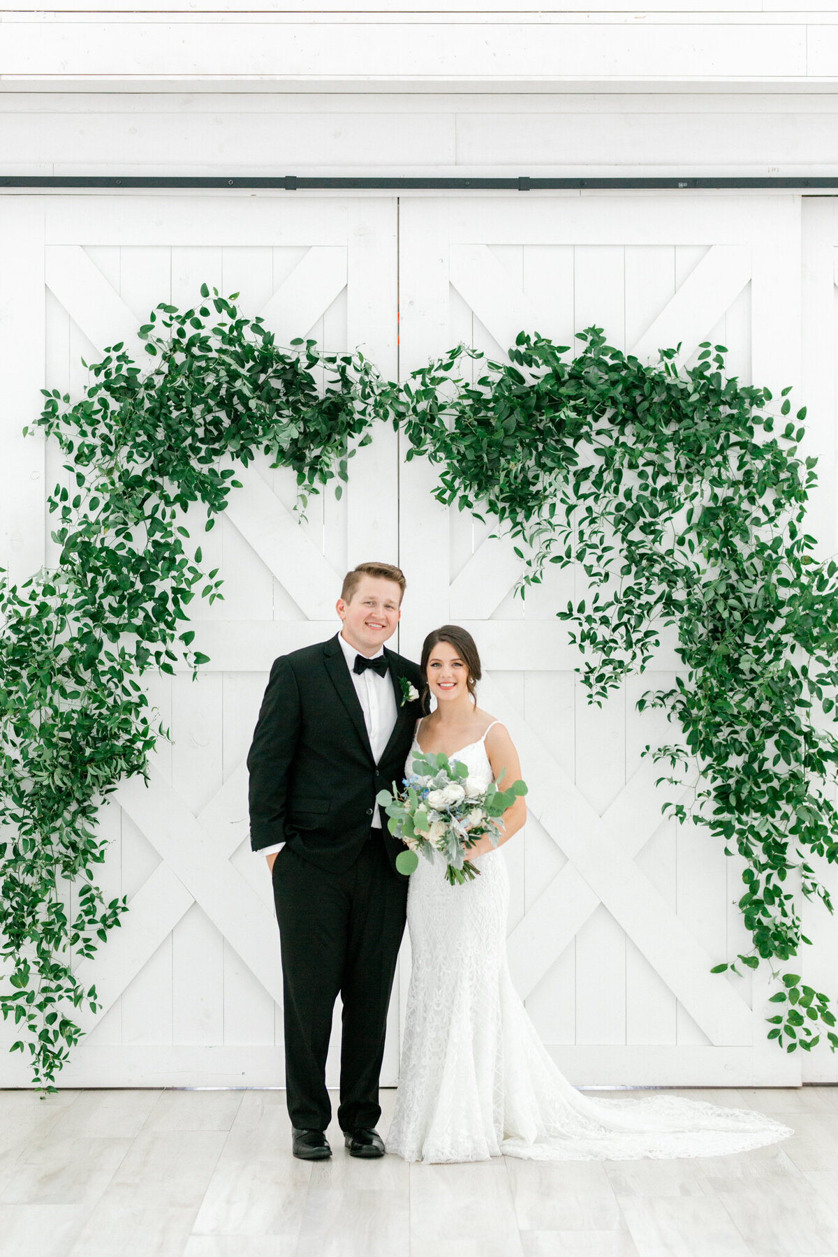 Anna & Billy's Wedding at The Nest at Ruth Farms | Dallas Wedding Photographer | Sami Kathryn Photography-115