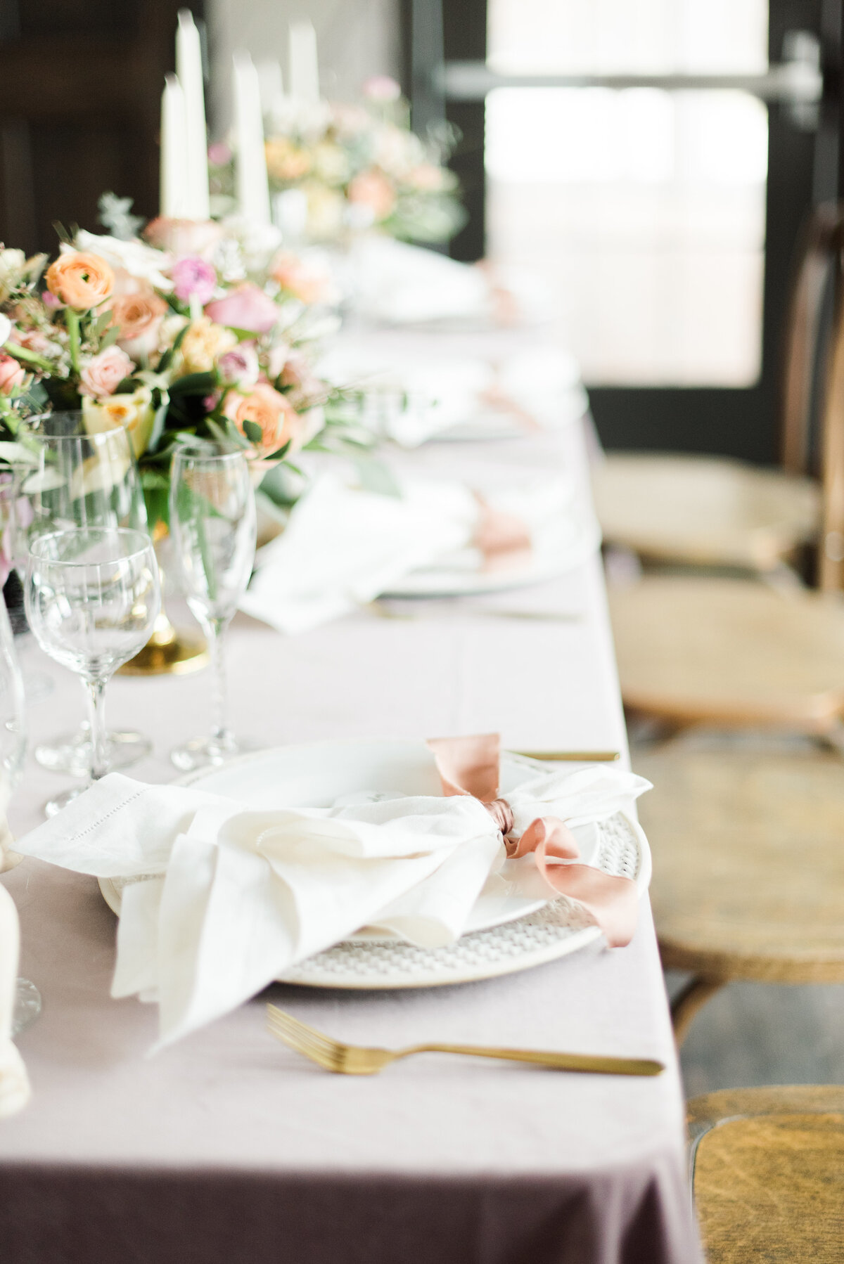 Toledo-Wedding-Inspiration-From-Cassandra-Clair-Event-Prep-and-Amanda-Collins-Photography-10