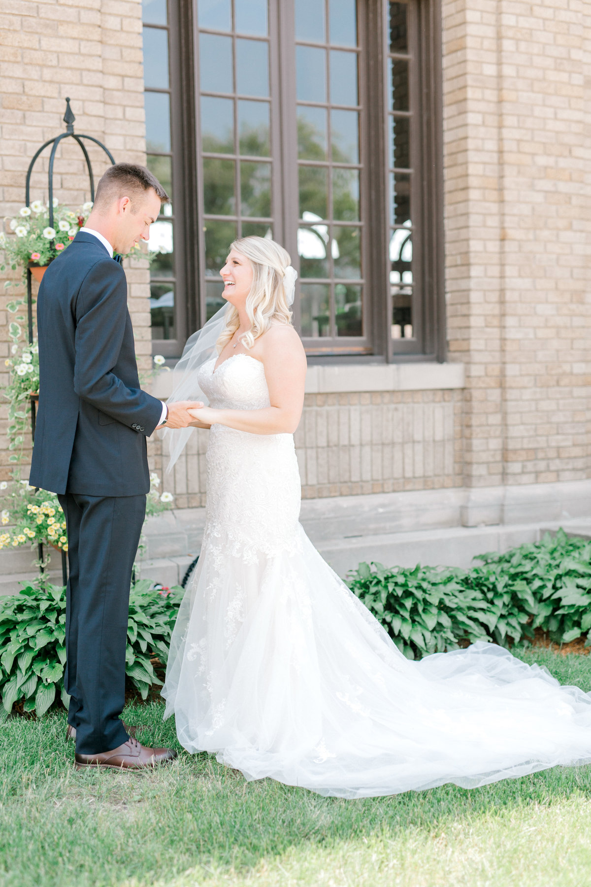 la poste perry iowa wedding photographer danielle+daniel-4735