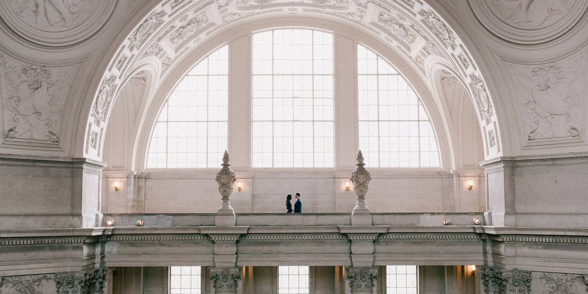 01_San_Francisco_City_Hall_Engagement_Portraits_023_7x10b