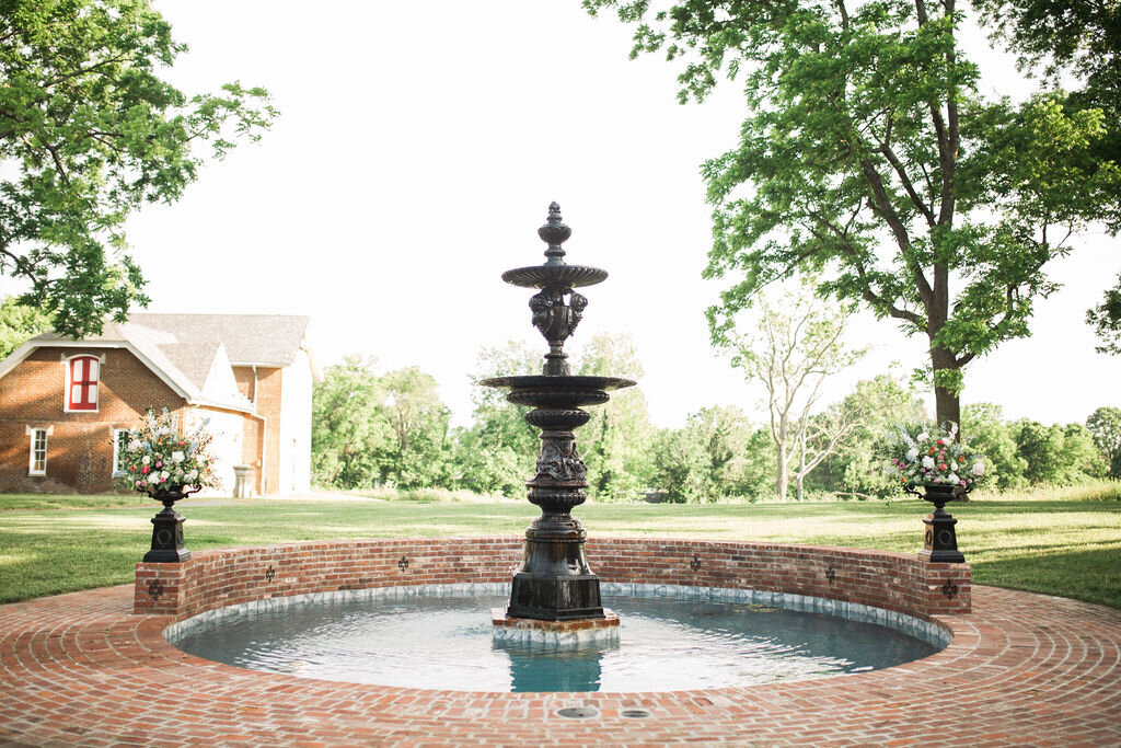 Lynwood Estate - Luxury Kentucky Wedding Venue - Historic Property 00012