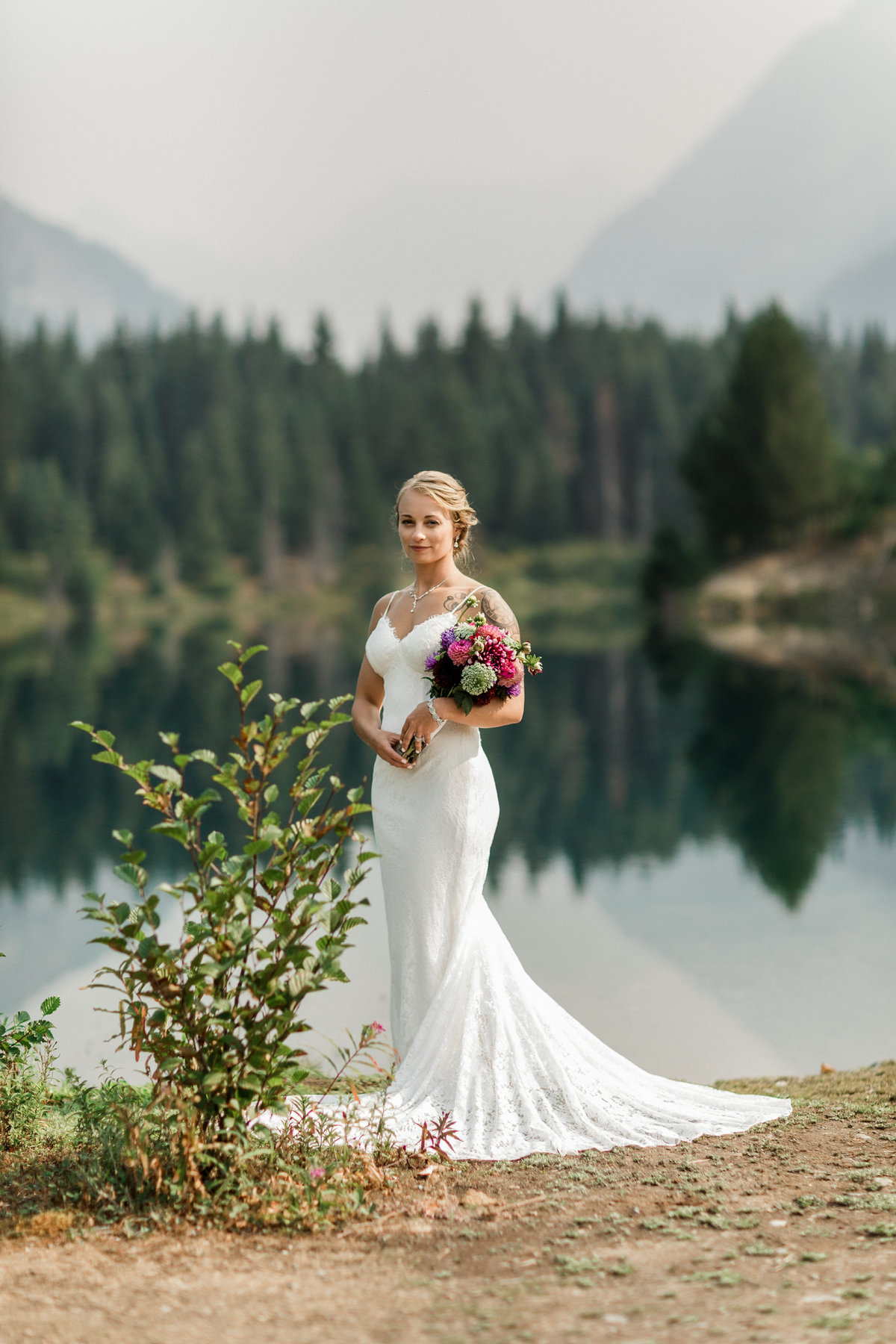 Snoqualmie-Pass-Elopement-Gold-Creek-Pond-102
