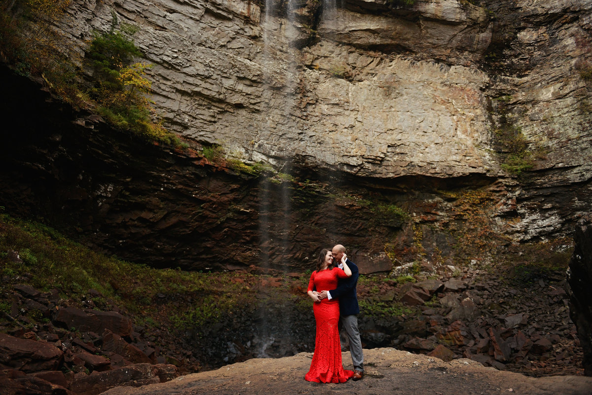 Dramatic adventure engagement session at fall creek falls park