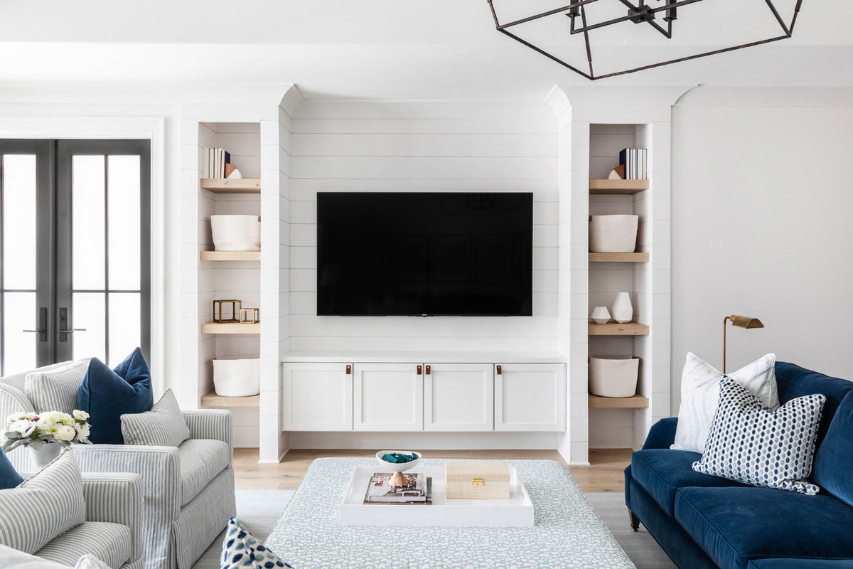 Blue-and-white-shiplap-kid-friendly-basement-living-room-1