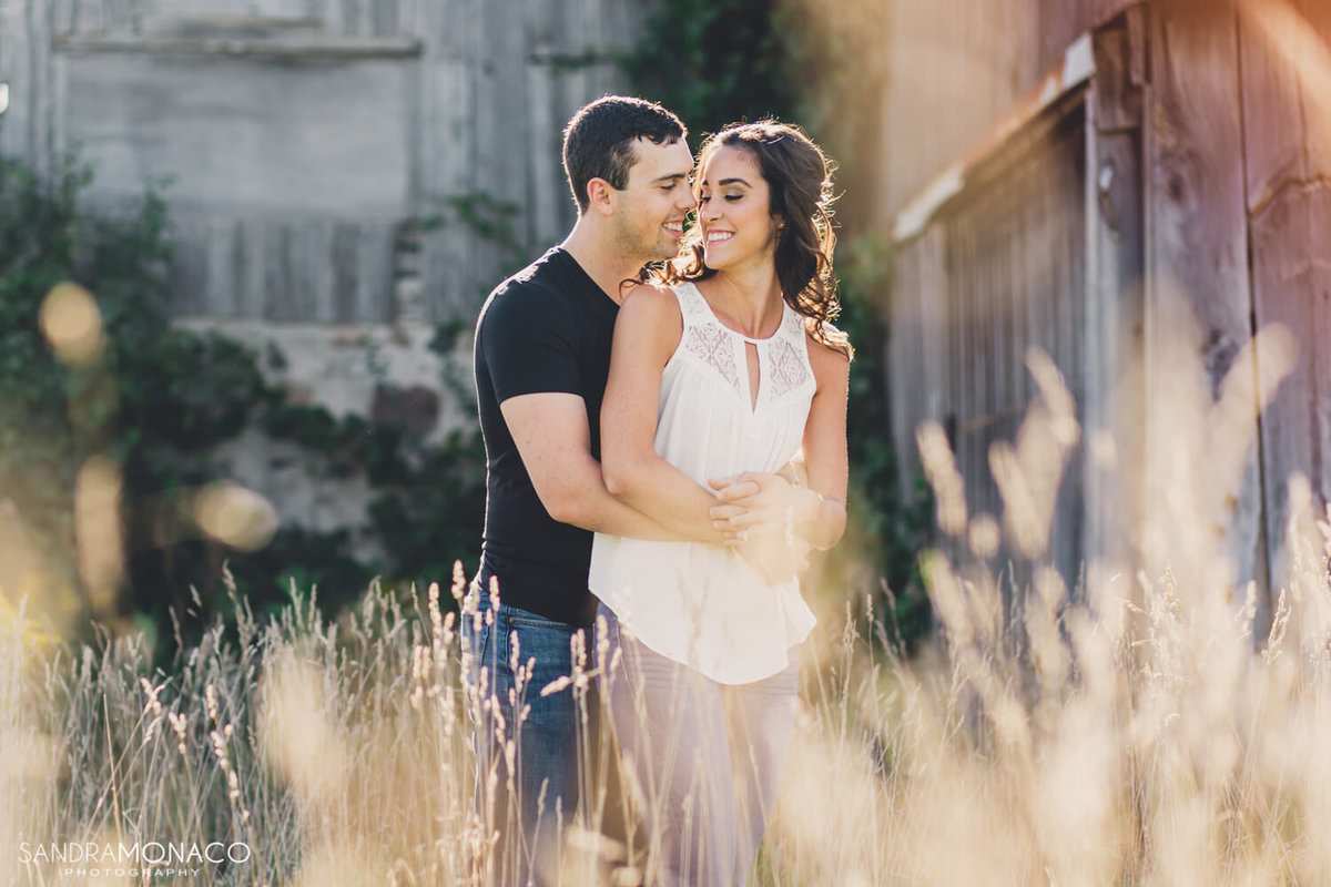 summer-engagement-session-in-kitchener