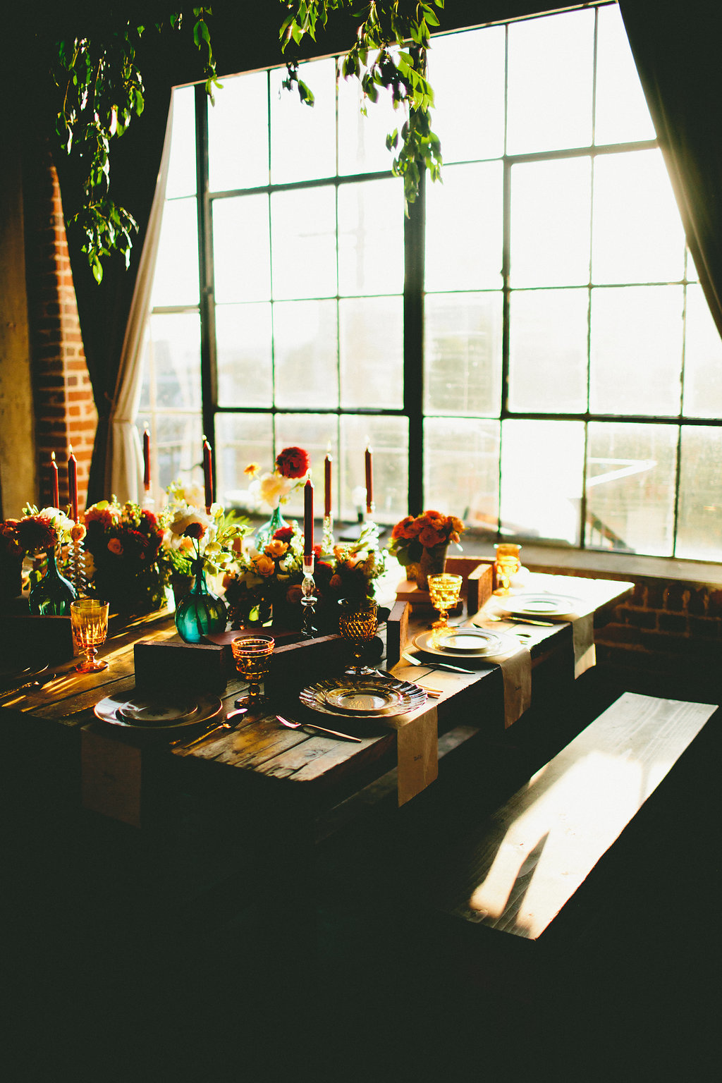 Fall inspired table setting for dinner party with Local Table