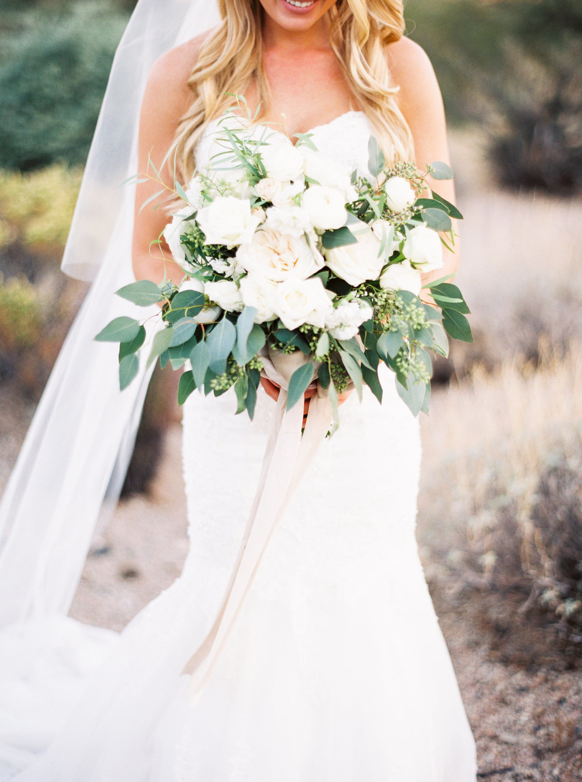 Sassi Scottsdale Arizona Wedding - Mary Claire Photography-12